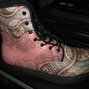 Psychedelic hippy boots unisex